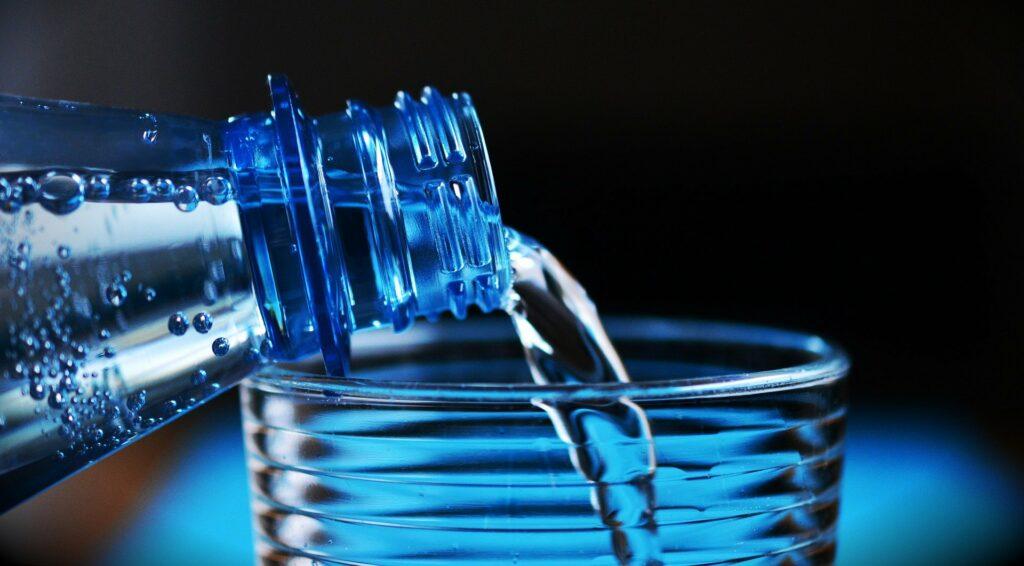 Woda w diecie jest niezbędnym i ważnym elementem